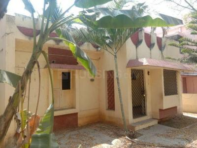 Gallery Cover Image of 1500 Sq.ft 3 BHK Independent House for buy in Valasaravakkam for 26000000