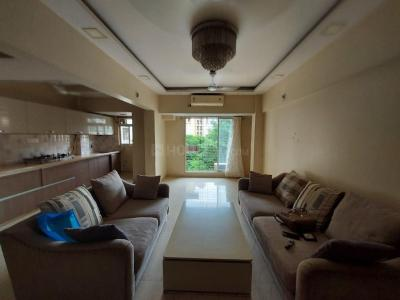 Gallery Cover Image of 1100 Sq.ft 2 BHK Apartment for rent in Flower Valley, Thane West for 35000