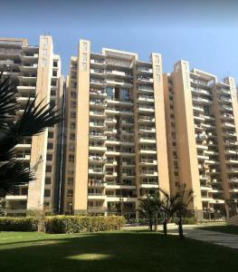 Gallery Cover Image of 1200 Sq.ft 3 BHK Apartment for rent in Tulip Violet, Sector 69 for 29000