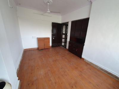 Gallery Cover Image of 578 Sq.ft 1 BHK Apartment for rent in Kandivali East for 21000