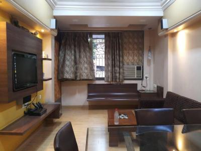 Gallery Cover Image of 1100 Sq.ft 3 BHK Apartment for rent in Bandra West for 90000