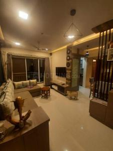 Gallery Cover Image of 650 Sq.ft 1 BHK Apartment for buy in Royal Oasis, Malad West for 11500000
