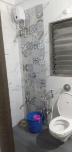 Bathroom Image of No Brokerage PG In Borivali Kandivail East in Borivali East