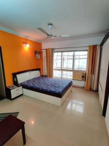 Gallery Cover Image of 1150 Sq.ft 2 BHK Apartment for rent in Nahar Amrit Shakti, Powai for 56000