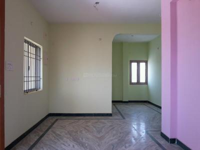 Gallery Cover Image of 953 Sq.ft 2 BHK Apartment for rent in Korattur for 11000