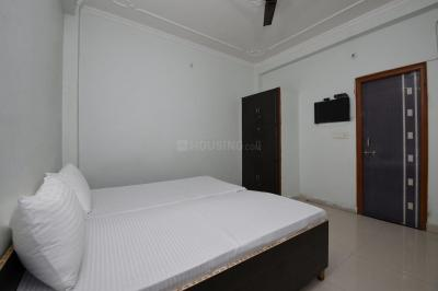 Bedroom Image of Oyo Life Grg1191 in Sector 33