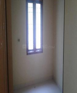 Gallery Cover Image of 500 Sq.ft 1 BHK Apartment for rent in Ekkatuthangal for 8000