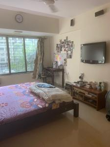Gallery Cover Image of 900 Sq.ft 2 BHK Apartment for rent in Malad West for 29000