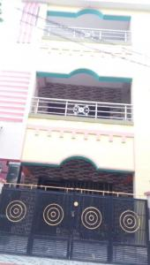 Gallery Cover Image of 1350 Sq.ft 2 BHK Apartment for rent in Gayathrinagar for 7000