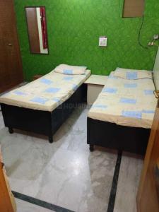 Bedroom Image of Sudhesh Hans PG in Paschim Putiary