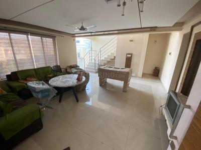 Gallery Cover Image of 2800 Sq.ft 4 BHK Villa for rent in Saarrthi Satin Hills, Bavdhan for 40000
