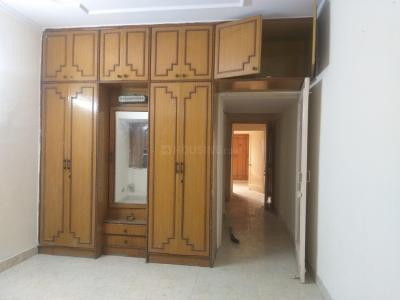 Gallery Cover Image of 900 Sq.ft 1 BHK Apartment for rent in Cottage Enclave, Paschim Vihar for 11000