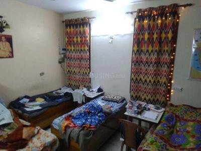 Bedroom Image of Shiv Niwas PG in Karol Bagh