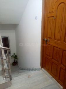 Gallery Cover Image of 1600 Sq.ft 2 BHK Apartment for rent in Beliaghata for 12000