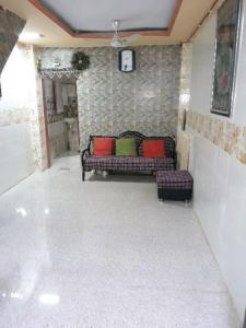Gallery Cover Image of 900 Sq.ft 3 BHK Independent House for buy in Borivali West for 8100000