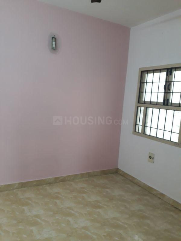 Bedroom Image of 1500 Sq.ft 3 BHK Apartment for rent in Thoraipakkam for 20000