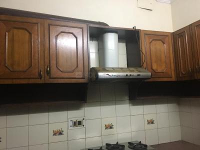 Kitchen Image of Bhutani PG in Sushant Lok I