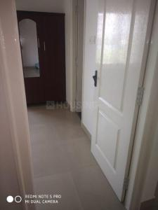 Gallery Cover Image of 939 Sq.ft 2 BHK Apartment for rent in Isha Yara, Medavakkam for 13000