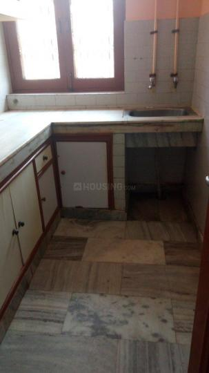 Kitchen Image of 895 Sq.ft 2 BHK Independent Floor for rent in Sector 12 for 12000