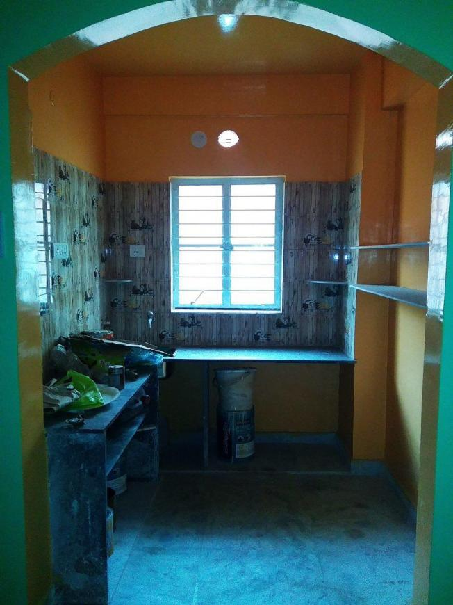 Kitchen Image of 850 Sq.ft 2 BHK Apartment for rent in Mourigram for 7000