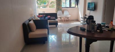 Gallery Cover Image of 650 Sq.ft 1 BHK Apartment for rent in Lovedale Apartment, Colaba for 50000