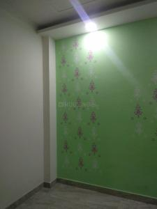 Gallery Cover Image of 550 Sq.ft 1 BHK Independent Floor for rent in Govindpuri for 7500