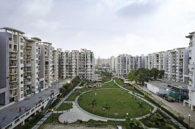 Gallery Cover Image of 1575 Sq.ft 3 BHK Apartment for buy in Omaxe Heights, Sector 86 for 5150000