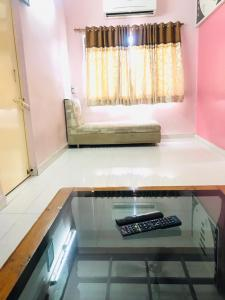 Gallery Cover Image of 630 Sq.ft 2 BHK Apartment for buy in Khokhra for 4000000