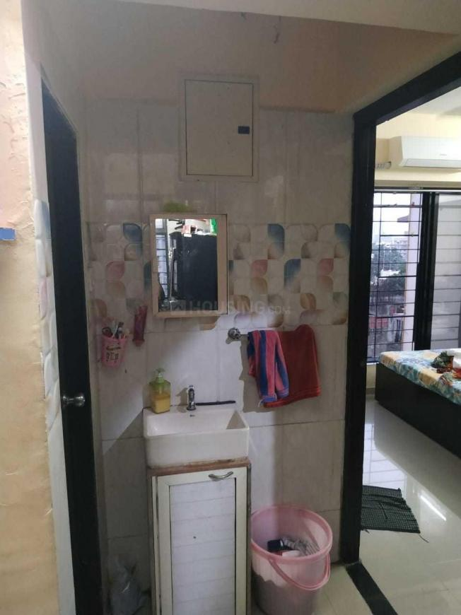 Passage Image of 640 Sq.ft 2 BHK Apartment for rent in Borivali East for 29000