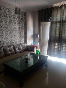 Gallery Cover Image of 1800 Sq.ft 3 BHK Apartment for buy in Zion Lakeview, Sector 48 for 5800000