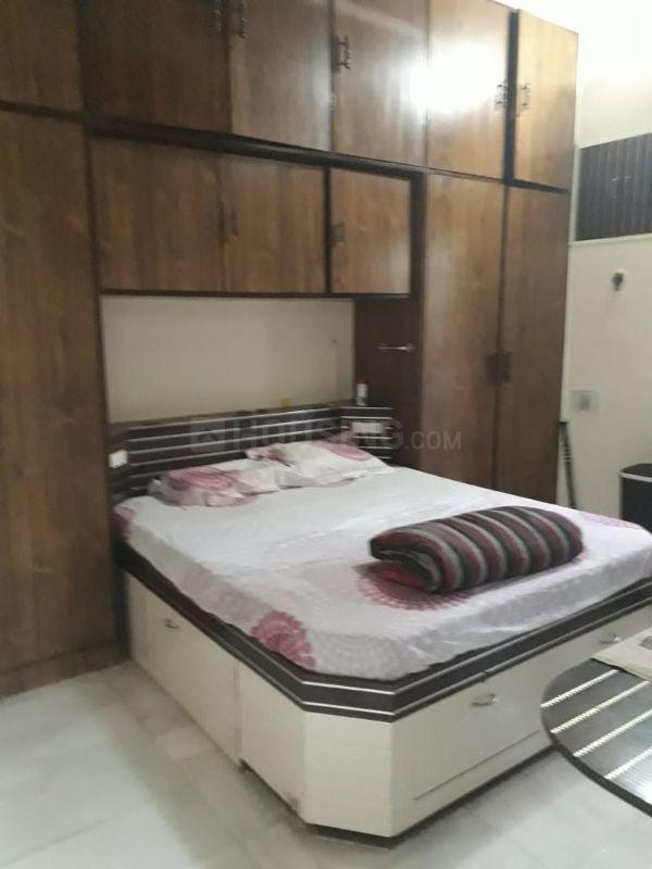 Bedroom Image of 540 Sq.ft 1 BHK Apartment for rent in Worli for 50000