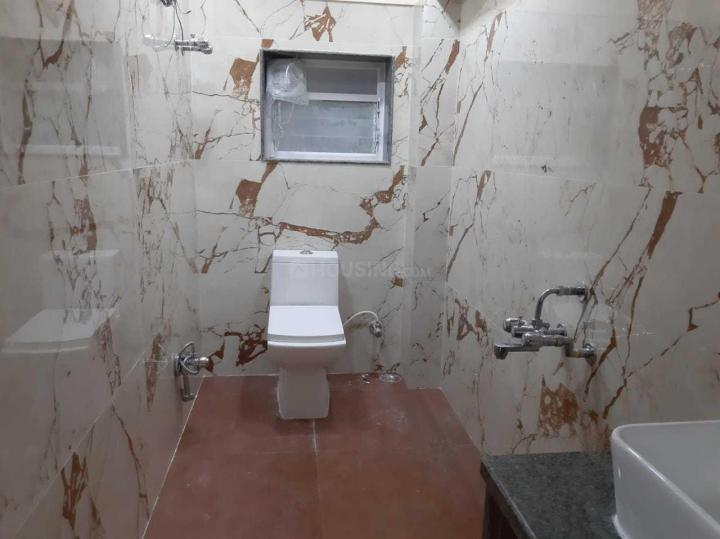 Bathroom Image of 1400 Sq.ft 3 BHK Apartment for rent in Rajarhat for 16000
