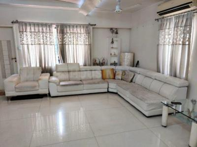 Gallery Cover Image of 3800 Sq.ft 5 BHK Villa for buy in Camp for 47500000
