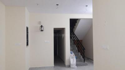 Gallery Cover Image of 1350 Sq.ft 2.5 BHK Independent House for rent in Ayappakkam for 12500