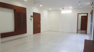 Gallery Cover Image of 2400 Sq.ft 3 BHK Apartment for rent in Adyar for 75000