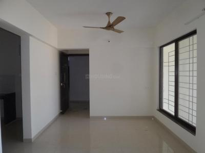 Gallery Cover Image of 944 Sq.ft 2 BHK Apartment for rent in Majestique City, Wagholi for 12000