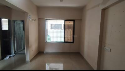 Gallery Cover Image of 350 Sq.ft 1 RK Apartment for rent in Gulmohar Apartments, Andheri West for 16000