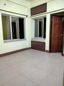 Gallery Cover Image of 1500 Sq.ft 2 BHK Apartment for rent in Chinar Park for 18000