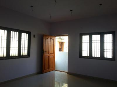 Gallery Cover Image of 870 Sq.ft 2 BHK Apartment for buy in Avadi for 3000000