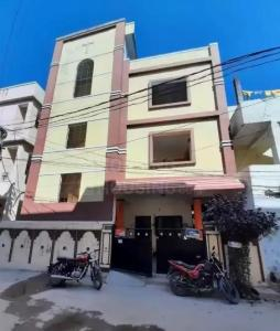 Gallery Cover Image of 4500 Sq.ft 10 BHK Independent House for buy in Alwal for 16000000