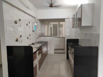 Gallery Cover Image of 1500 Sq.ft 3 BHK Apartment for rent in Kothrud for 33000