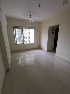 Gallery Cover Image of 617 Sq.ft 1 BHK Apartment for rent in Royal Oasis, Malad West for 26000