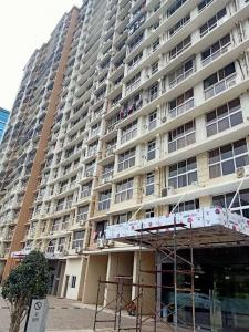 Gallery Cover Image of 650 Sq.ft 2 BHK Apartment for buy in Goregaon East for 15500000