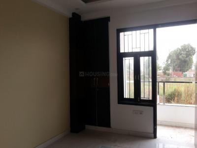Gallery Cover Image of 620 Sq.ft 2 BHK Independent Floor for buy in Sector 5 Rohini for 6000000