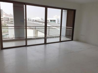 Gallery Cover Image of 1600 Sq.ft 3 BHK Apartment for rent in DLF Express Greens, Manesar for 20000
