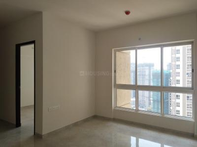 Gallery Cover Image of 1019 Sq.ft 2 BHK Apartment for rent in Thane West for 22000