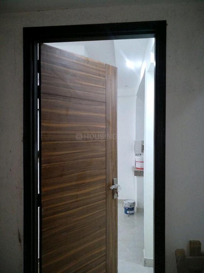 Main Entrance Image of 750 Sq.ft 2 BHK Apartment for rent in Chhattarpur for 14500