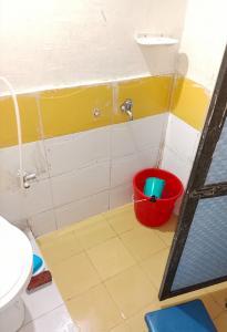 Bathroom Image of Devika in Andheri West