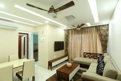 Gallery Cover Image of 550 Sq.ft 1 BHK Apartment for buy in Royal Oasis, Malad West for 10000000
