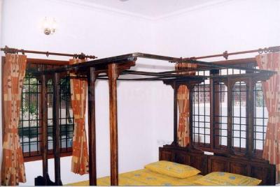 Gallery Cover Image of 3000 Sq.ft 4 BHK Independent House for rent in Adyar for 125000